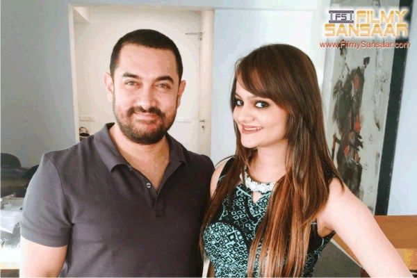International chess master Dhyani Dave with Aamir Khan.