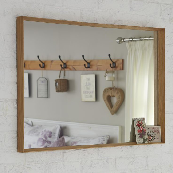 Classic mirror to compliment your vintage styled room.