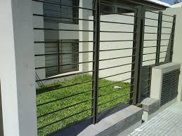 Resultado de imagen para rejas con mallas para frentes de casas