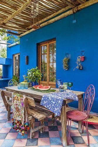 25 melhores ideias de cor azul piscina no pinterest for Decoracion paredes exteriores patios