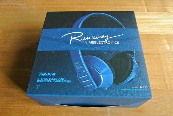 MEElectronics Air-Fi AF32 Bluetooth Wireless Headphones Review: connect to your device and Runaway - http://www.aivanet.com/2014/01/meelectronics-air-fi-af32-bluetooth-wireless-headphones-review-connect-to-your-device-and-runaway/