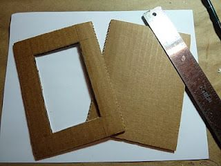 Cardboard Frame Tutorial. makeiteasycrafts.blogspot.com