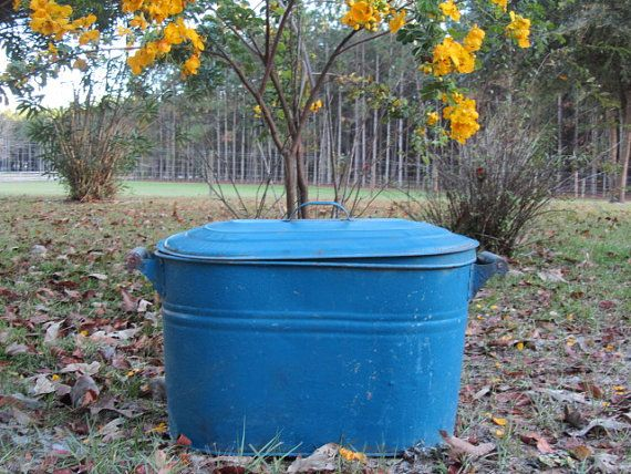 TIN WASH TUB, Wash tub, Antique Wash Tub, Boiling Pot, Blue Wash Tub, Galvanized Tub