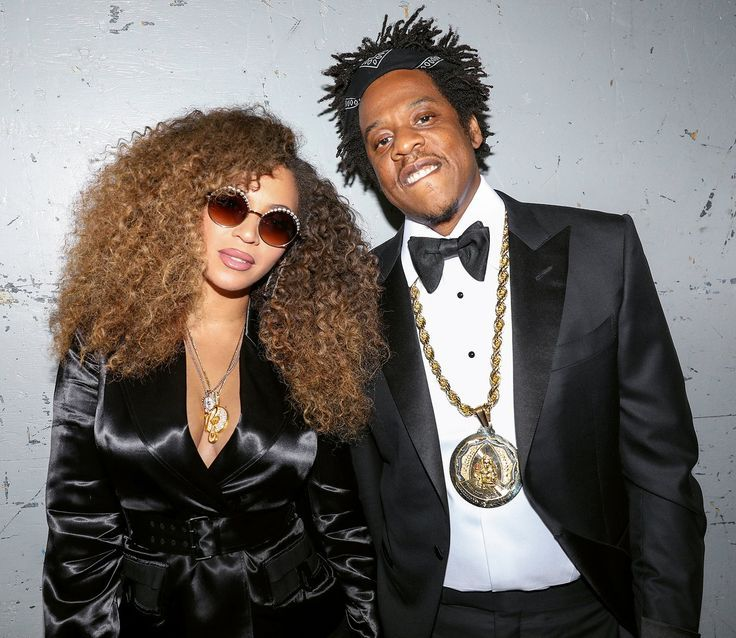 Jay Z Hairstyle Celebrity Dads In 2020 Beyonce Style Beyonce Photoshoot Beyonce Costume