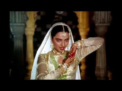 In Aankhon Ki Masti - Rekha - Umrao Jaan (720p HD Song) - YouTube