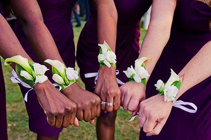 les 66 meilleures images propos de fleurs mariage sur pinterest bouquets de mari e. Black Bedroom Furniture Sets. Home Design Ideas