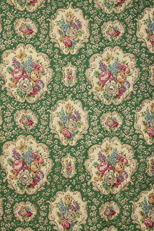 Vintage Home - 1940s Floral and Green Linen Curtain.