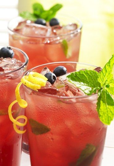 Blueberry Mojito - Mocktails: Our top non-alcoholic cocktails - sofeminine.co.uk