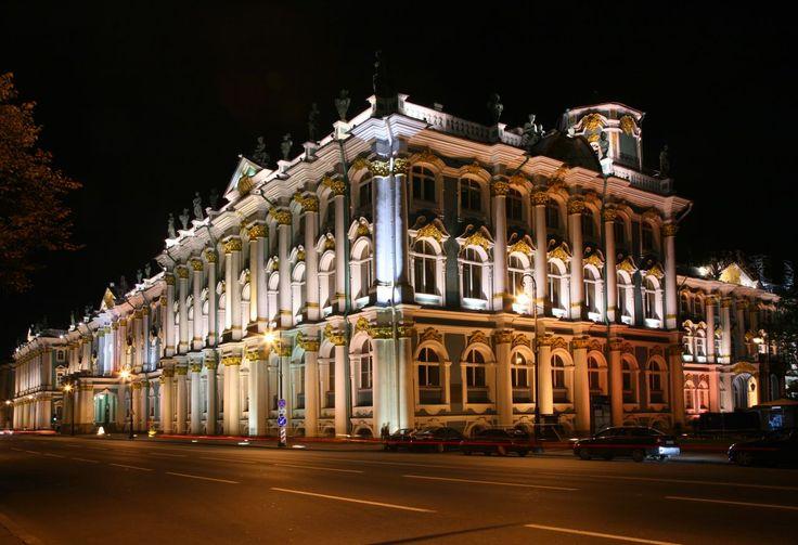 #Evasion. Saint-Pétersbourg élue meilleure destination européenne 2015.