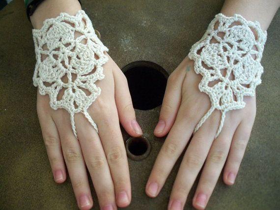 """Crochet fingerless lace """"gloves"""""""