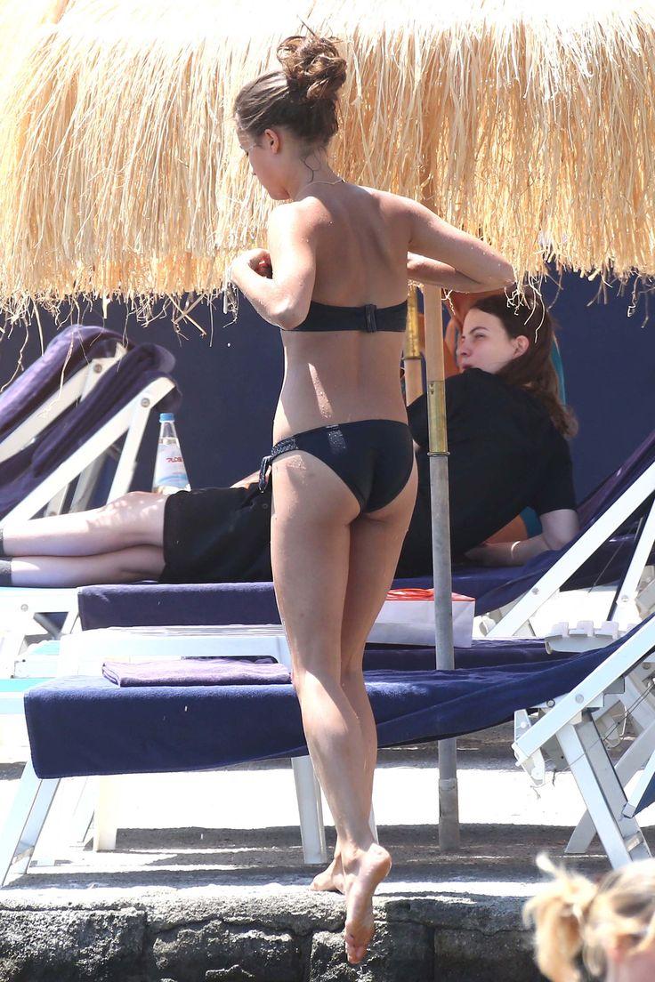 Alicia Vikander – Ischia, Italy 19.07.15