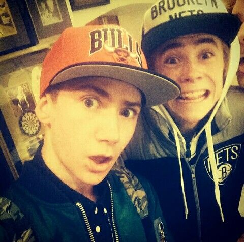 Ogge Molander and Felix Sandman who's smile :D