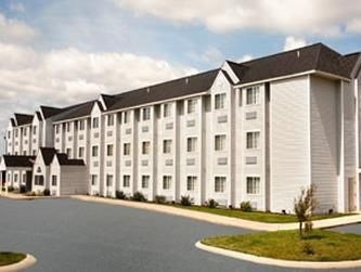 Microtel Inn Suites By Wyndham Holland In Michigan Pet Friendly