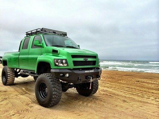Chevrolet 4500 Topkick 4 x 4 crew cab monster truck