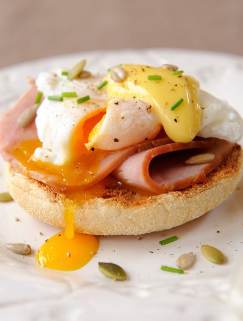 Eggs Benedict: Recipe Eggs, Recipe Poached, Food Recipe, Breakfast Recipes, Eggs Benedict Recipe