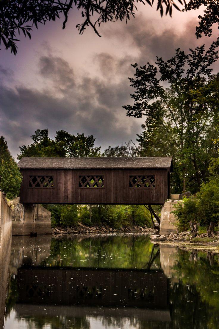 Kissing Bridge Vermont 17 Best ideas ab...