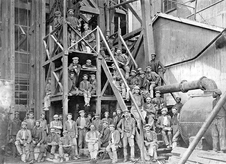 Robinson Works Miners going on Shift.  HiltonT has uploaded 7213 photos to Flickr.