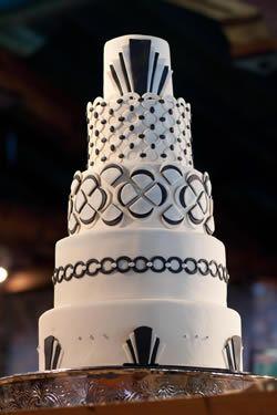 Art Deco Cake Slice : 38 best images about Art Deco Cakes on Pinterest Wedding ...