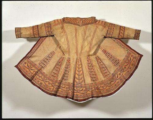Man's Summer Hunting Coat ca.1785-1800. Naskapi (Innu) Quebec, Canada. Native tanned caribou skin, pigments, sinew thread.