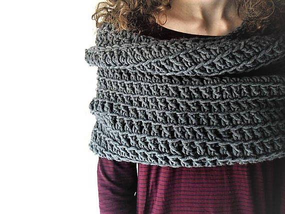 Chunky cowl scarf, crochet cowl, crochet cowl hood