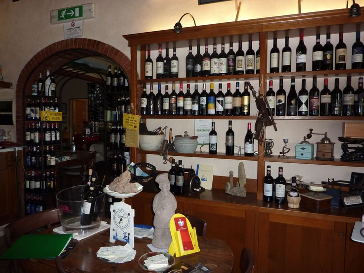 Ristoro di Lamole in the hamlet of Lamole near Greve in Chianti, Tuscany functions as an excellent restaurant, a bar and a shop for all those essentials.