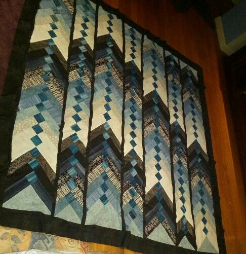 Jarreds quilt.  Just got to do the backing and binding.  Braid pattern