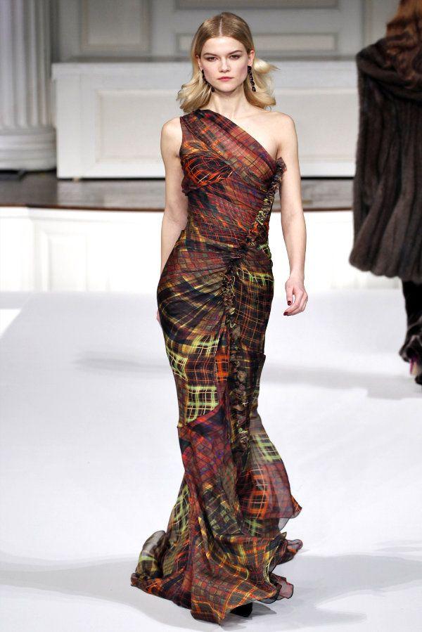 Colorful Plaid Gown at Oscar de la Renta Fall 2011