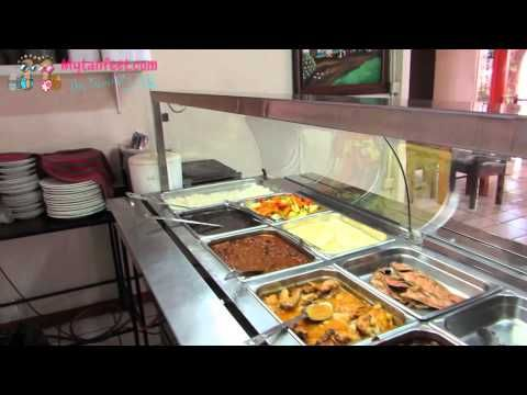 ▶ Eating at a local soda in Costa Rica - YouTube