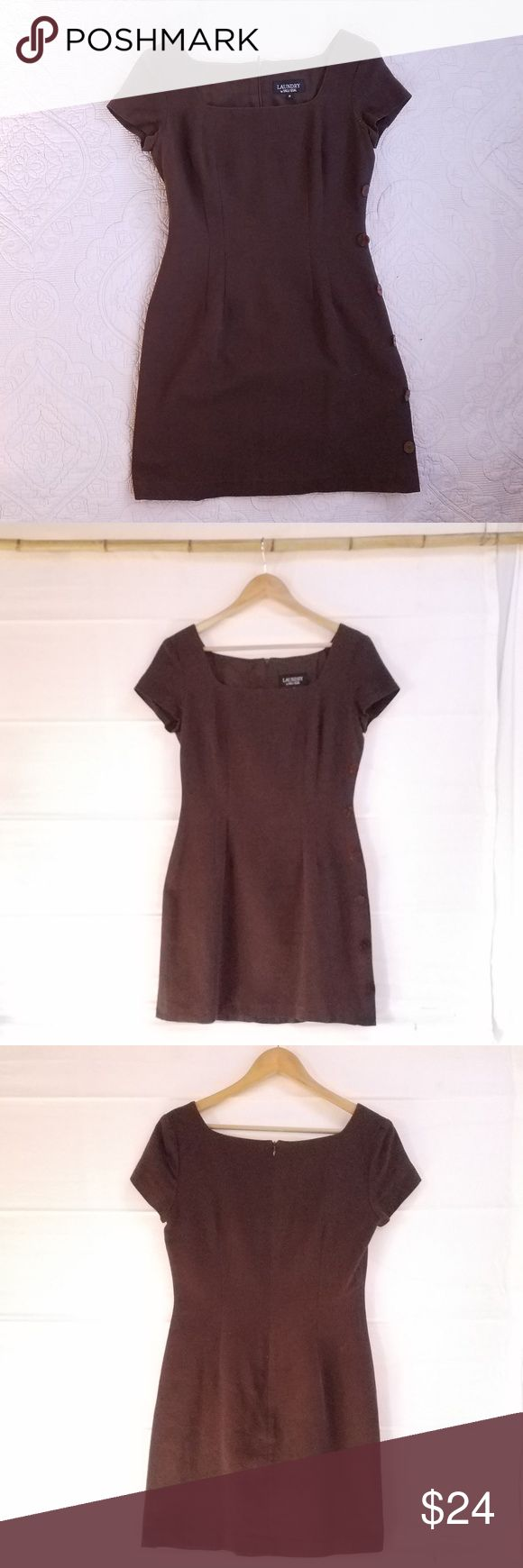 """Laundry by Shelli Segal Brown Cotton Pique Dress Tailored, short-sleeve, knee-length dress by Laundry/Shelli Segal in dark-brown 100% cotton pique. Fully lined. Back zipper, and side buttons. Princess seams. Very good condition; no flaws noted. Dry clean only. Measurements (flat): chest/armpits 19"""", waist 15"""", length 34"""". Laundry by Shelli Segal Dresses"""