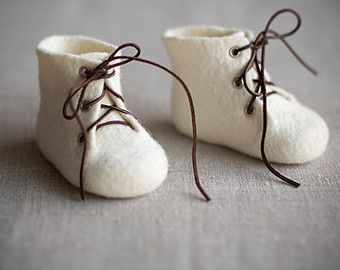 Newborn booties  Baptism shoes from natural organic ivory by VART
