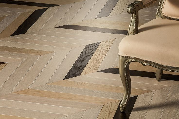 The Italian Collection is a collection of glue-down engineered tongue and groove planks, herringbone and chevron blocks, no more than 11 mm thick in order to provide you with the flexibility to create stunning contemporary interiors through the use of narrower, thinner engineered boards.