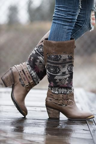 Desert Walkabout Tribal Buckle Boots (Taupe) - NanaMacs.com - 1