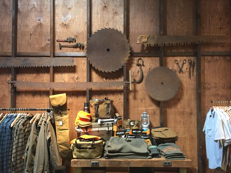 Filson_Toronto - The new Filson store on Queen West in Toronto (owned by Bedrock Manufacturing Co./Shinola) is bringing back classic American style