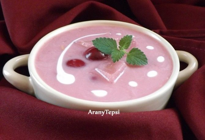 A 15 legfinomabb gyümölcs(krém)leves június végére | NOSALTY