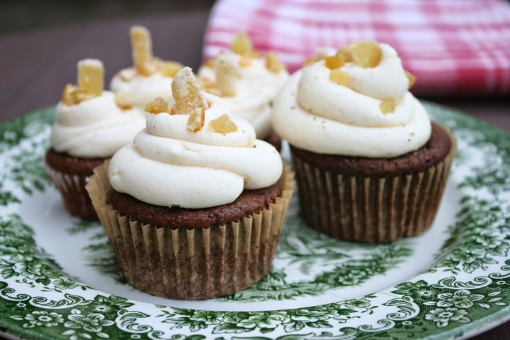 Gingerbread Cupcakes (Vegan with a Gluten-Free Option)