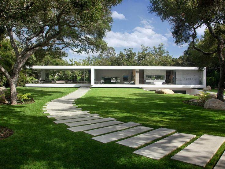 casa linear de vidro