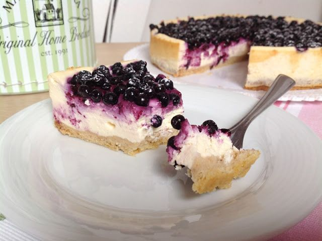 VÍKENDOVÉ PEČENÍ: Tvarohový koláč s borůvkami / Blueberry cheesecake