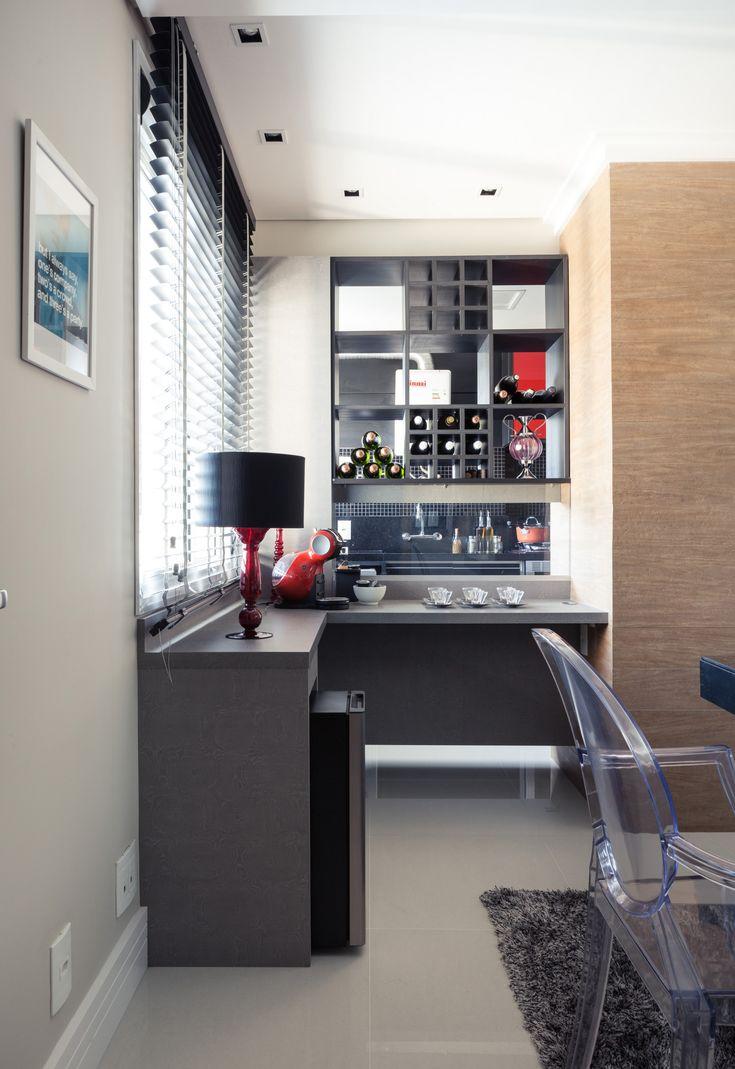 Morando sozinho com personalidade. Veja: http://casadevalentina.com.br/projetos/detalhes/morando-sozinho-com-personalidade-559 #decor #decoracao #interior #design #casa #home #house #idea #ideia #detalhes #details #style #estilo #casadevalentina #kitchen #cozinha
