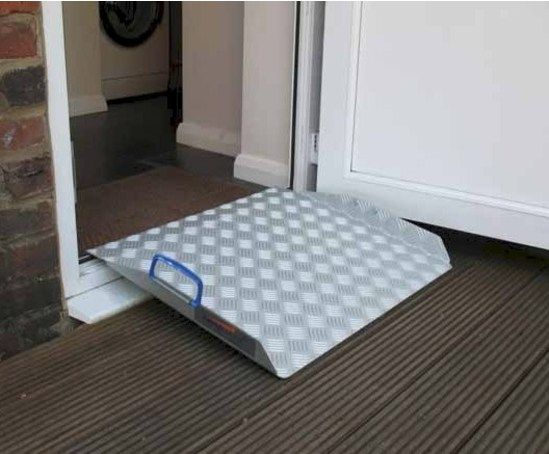 Threshold Ramps for Wheelchairs | Aluminium threshold wheelchair ramps