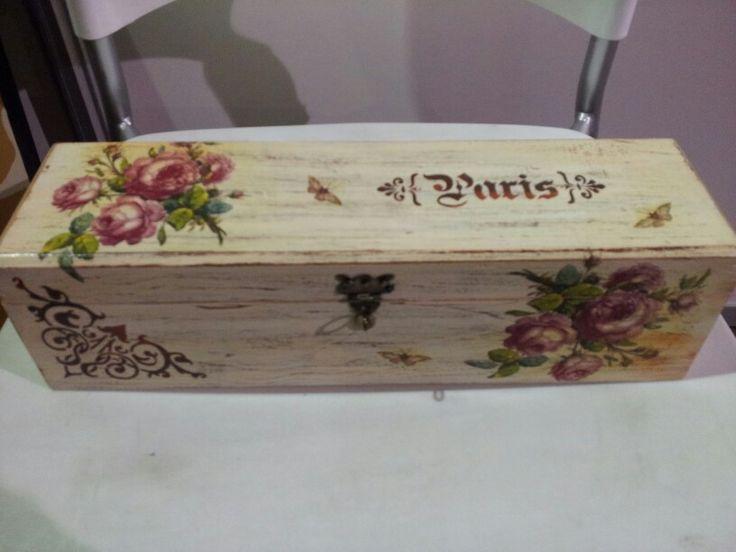 gallery of images about botellas de vino decoradas on pinterest imgenes ms de ideas sobre cestas with cajas de vino de madera decoradas - Cajas De Vino Decoradas
