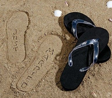 The perfect flip flops to take to the beach on your honeymoon, especially for a few snapshots