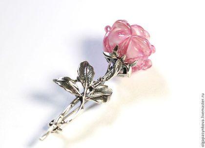 Брошь Драгоценная роза серебро 925 лэмпворк lampwork розовая - лампворк