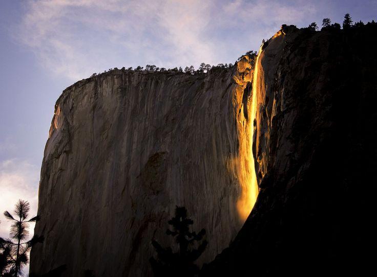 Bizar natuurverschijnsel: waterval in #Yosemite kleurt oranje: