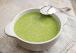 Sopa de agrião feita com missô segura a fome por mais tempo