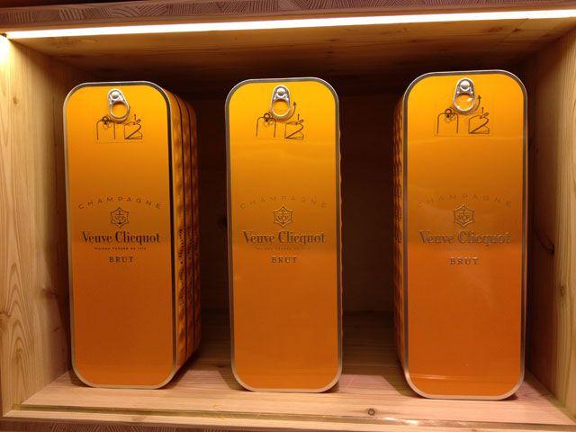 Veuve Clicquot in sardine tins ;-)