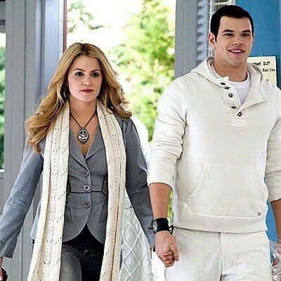 Rosalie Cullen#Emmet Cullen#twilight#beautiful couple
