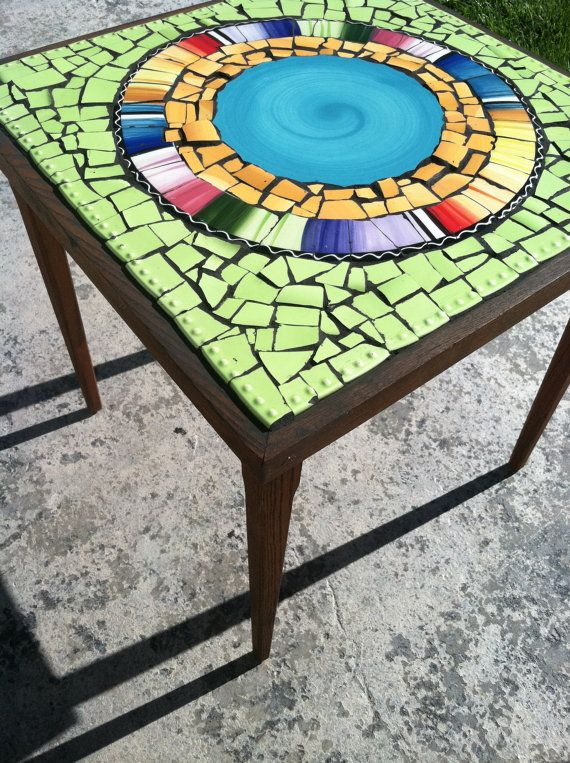 Retro and modern! Oh so chic! Mosaic Tile Art Retro Modern Round End Table by cocomo on Etsy, $230.00