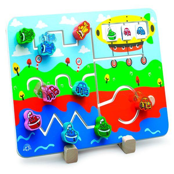 Tablero de Actividades. Wonderworld. El tablero de actividades es un divertido juego de estrategia y encaje en el que mientras desplazan las piezas, practican y desarrollan sus habilidades para la preescritura.