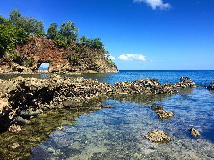 Pantai Pintu Kota Maluku
