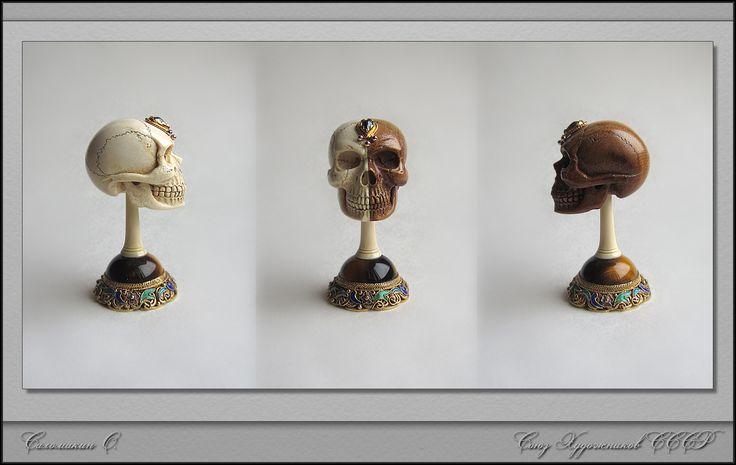 Череп, Саломакин О. бивень мамонта, серебро, золото, эмаль, сапфир, тигровый глаз...
